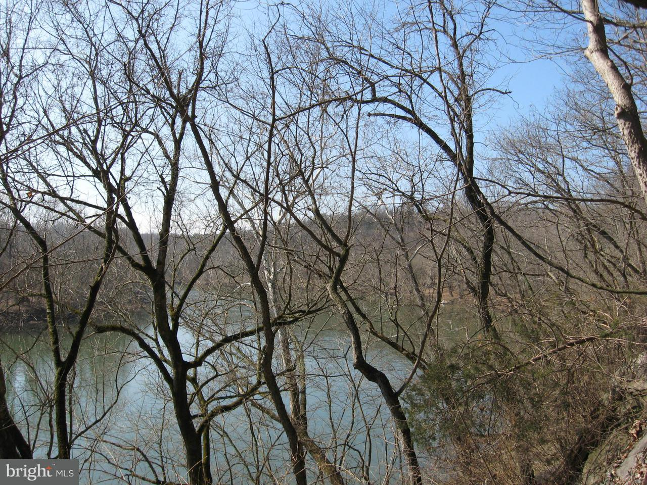Additional photo for property listing at Lot R Benny's Beach Rd  Front Royal, Virginia 22630 United States