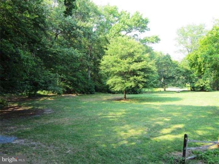 Casa Unifamiliar por un Venta en 322 E MAPLE Avenue Moorestown, Nueva Jersey 08057 Estados Unidos