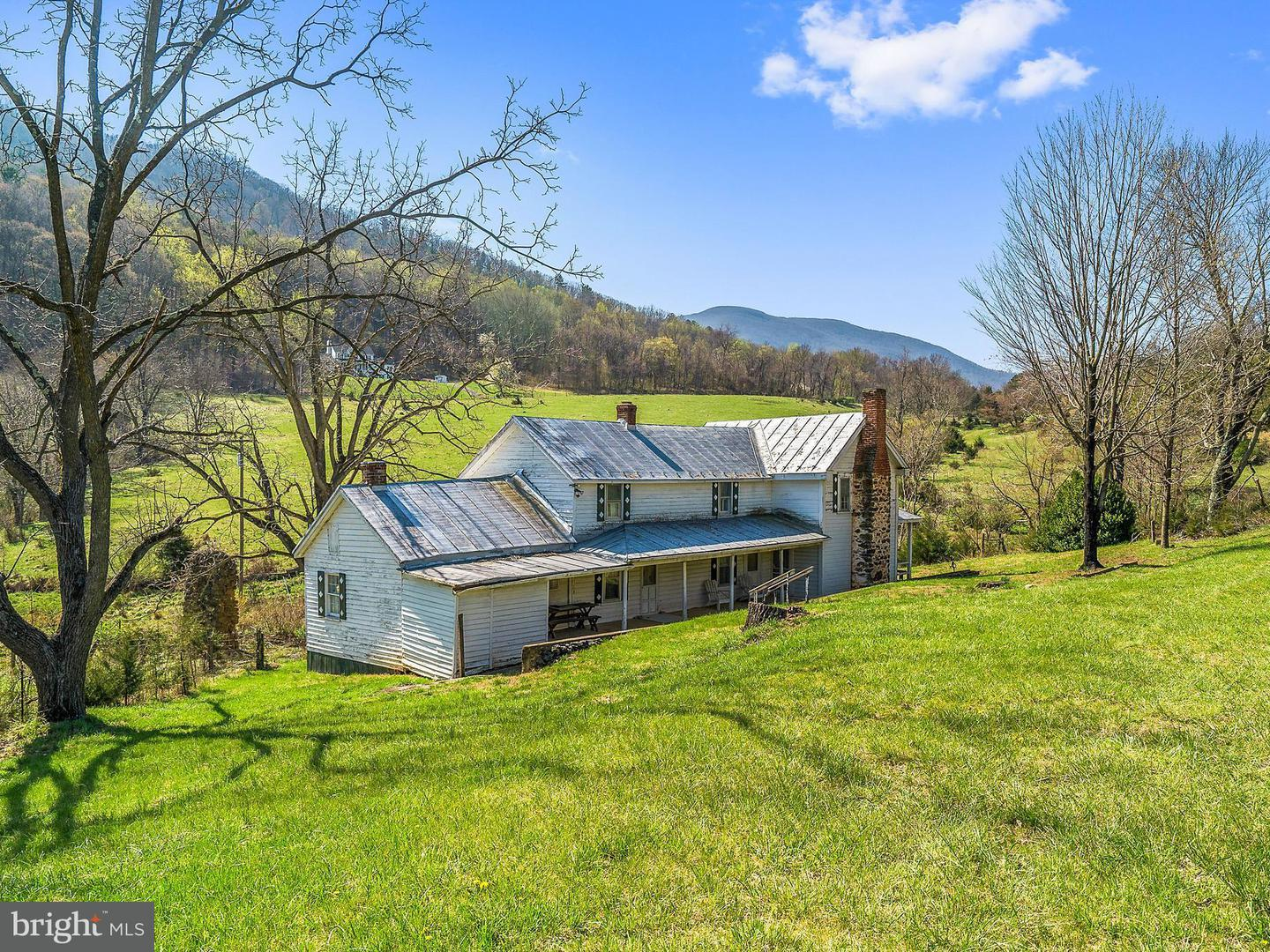 Single Family for Sale at 1622 Balkamore Hill Rd Stanley, Virginia 22851 United States