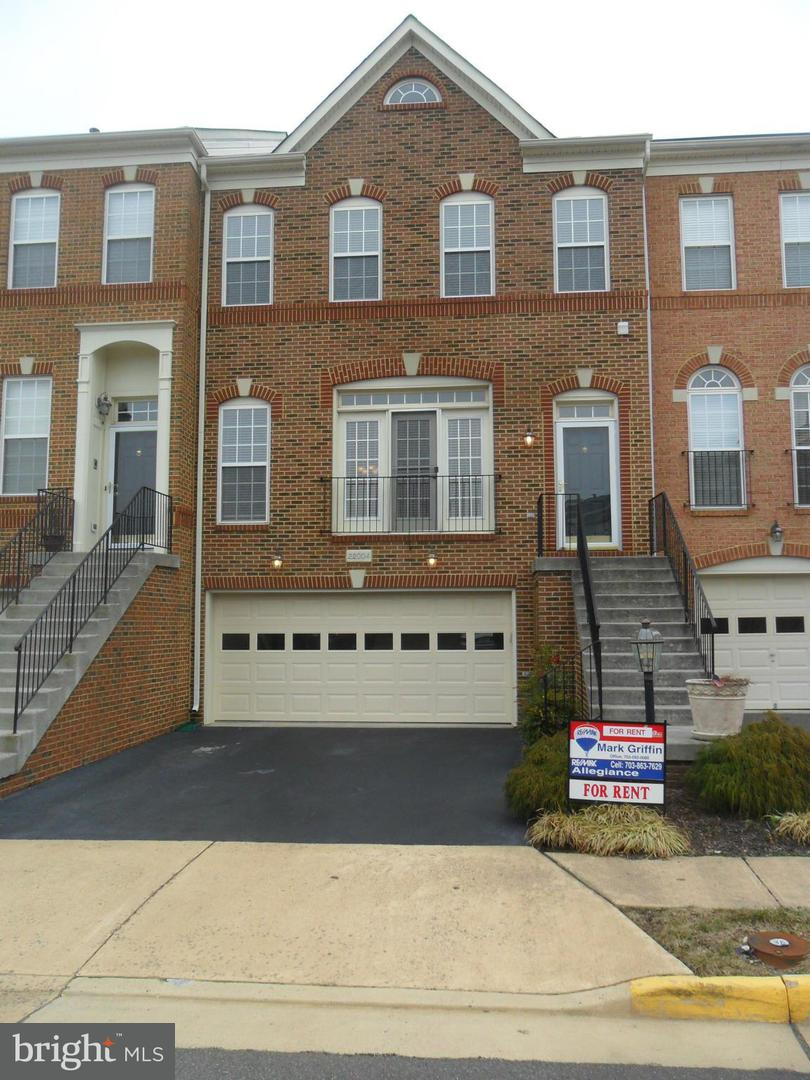 Other Residential for Rent at 22004 Avonworth Sq Broadlands, Virginia 20148 United States