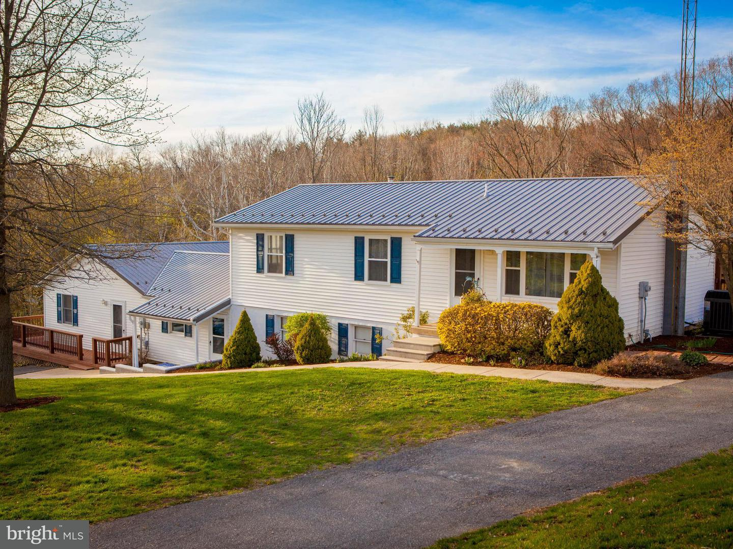Single Family for Sale at 13484 Worleytown Rd Greencastle, Pennsylvania 17225 United States