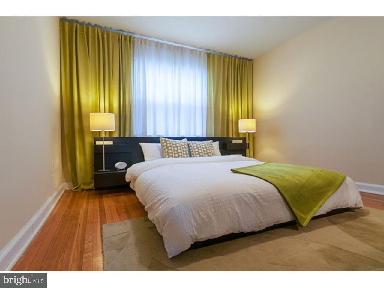Casa Unifamiliar por un Alquiler en 213 GARFIELD AVE #227B Collingswood, Nueva Jersey 08108 Estados Unidos