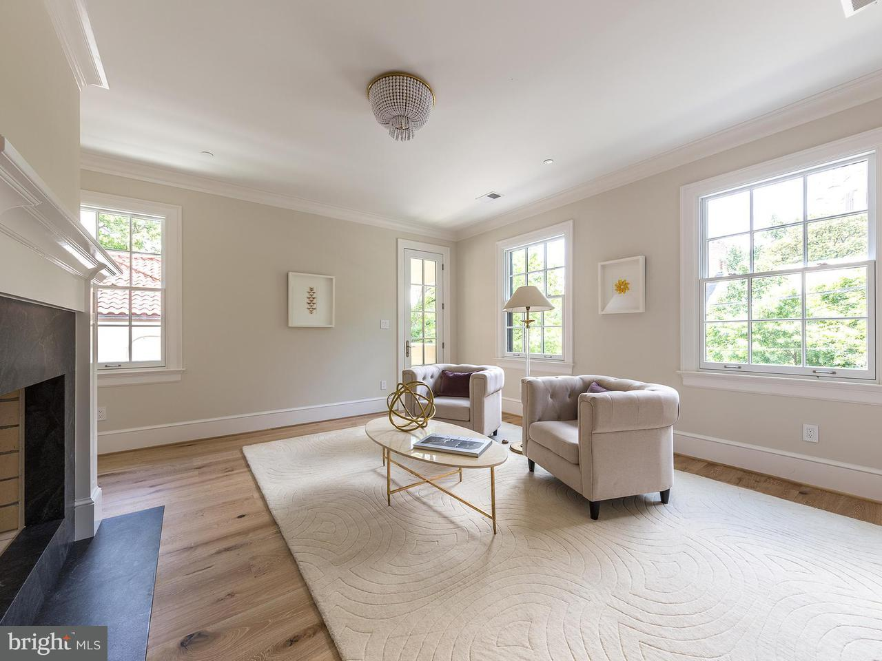 Additional photo for property listing at 3515 Woodley Rd NW  Washington, District Of Columbia 20016 United States