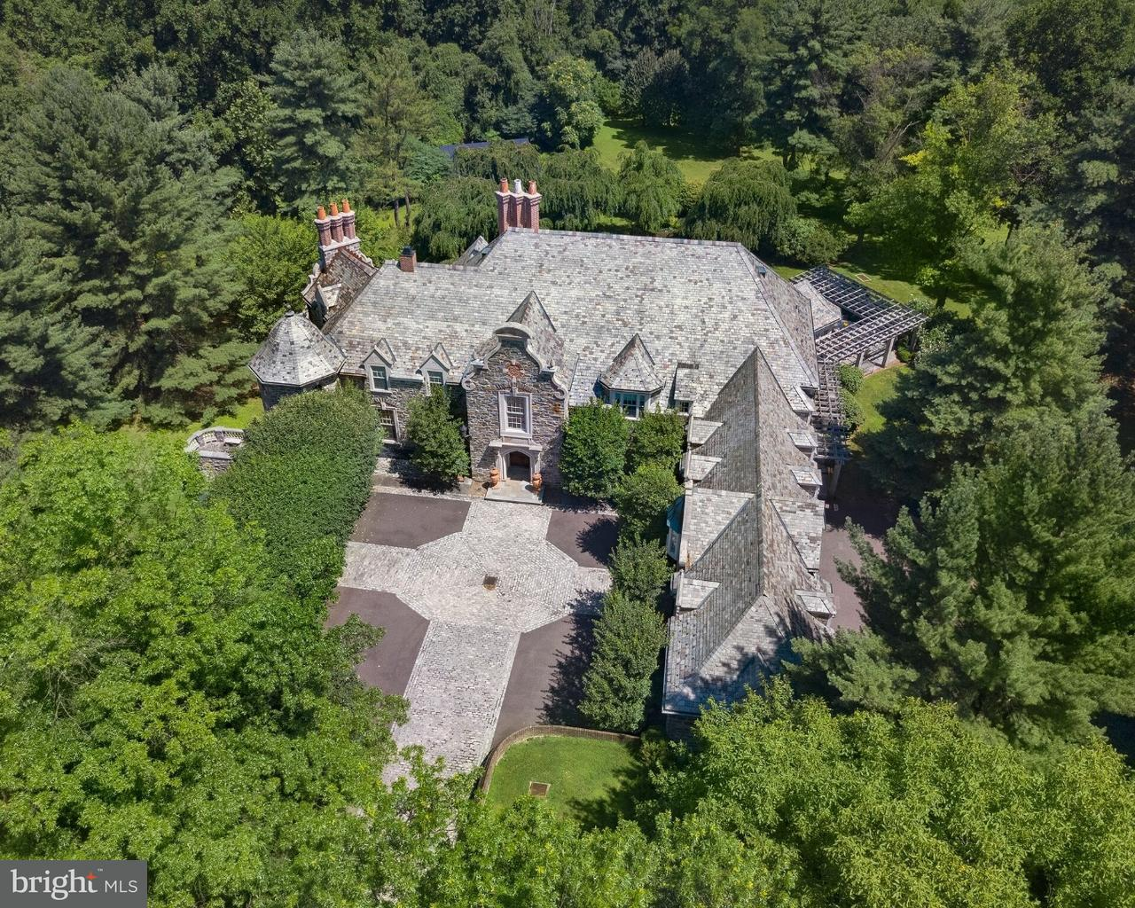 Частный односемейный дом для того Продажа на 1530 MONK Road Gladwyne, Пенсильвания 19035 Соединенные Штаты