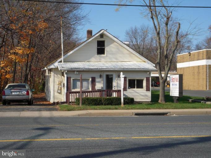 Commercial for Sale at 332 Baltimore Pike Bel Air, Maryland 21014 United States