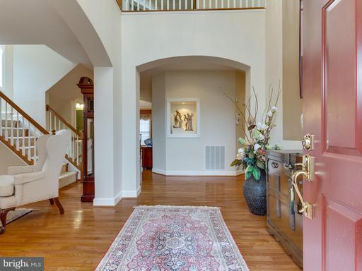 Property for sale at 2731 Oakton Park Ct, Vienna,  VA 22181