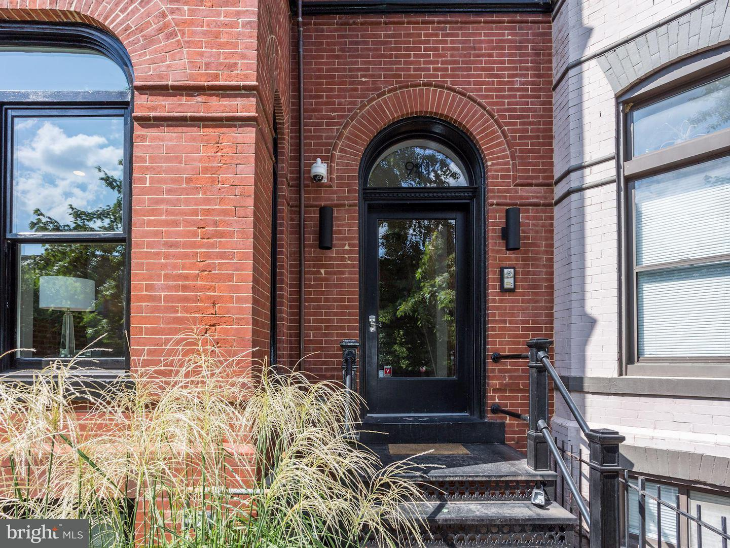 Single Family for Sale at 941 S St NW #2 Washington, District Of Columbia 20001 United States
