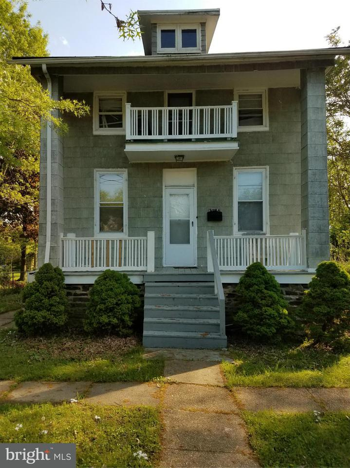 Photo of home for sale at 3105 Rosekemp Avenue, Baltimore MD