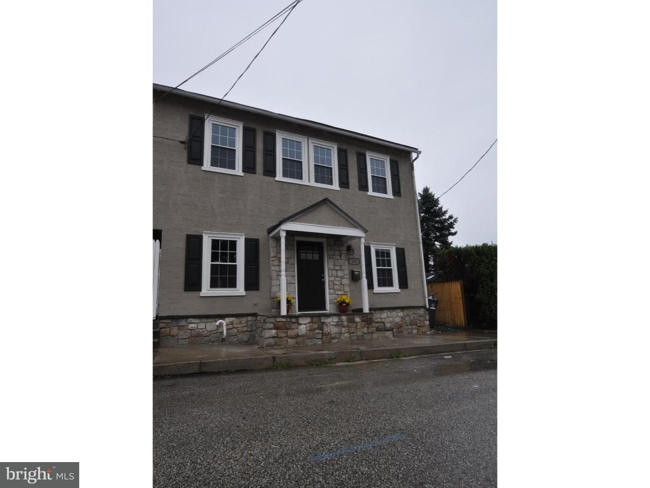 Casa unifamiliar adosada (Townhouse) por un Alquiler en 322 WALNUT Street Phoenixville, Pennsylvania 19460 Estados Unidos