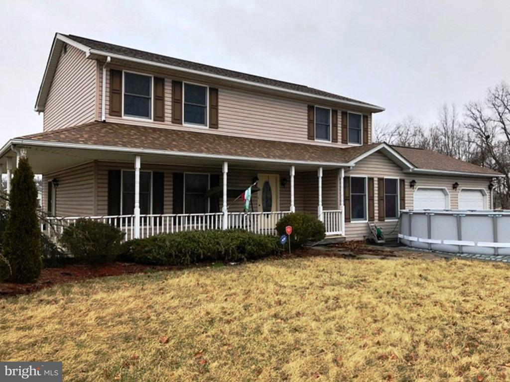 Single Family for Sale at 5800 York Rd New Oxford, Pennsylvania 17350 United States