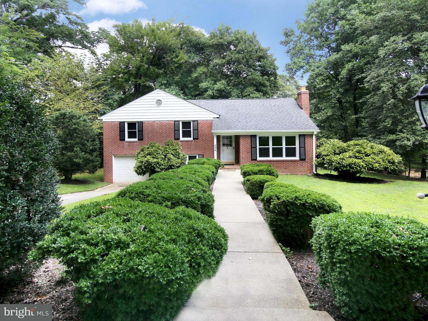 Other Residential for Rent at 204 West Locust Occoquan, Virginia 22125 United States