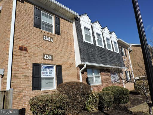 Property for sale at 4248 Chain Bridge Rd #B, Fairfax,  VA 22030
