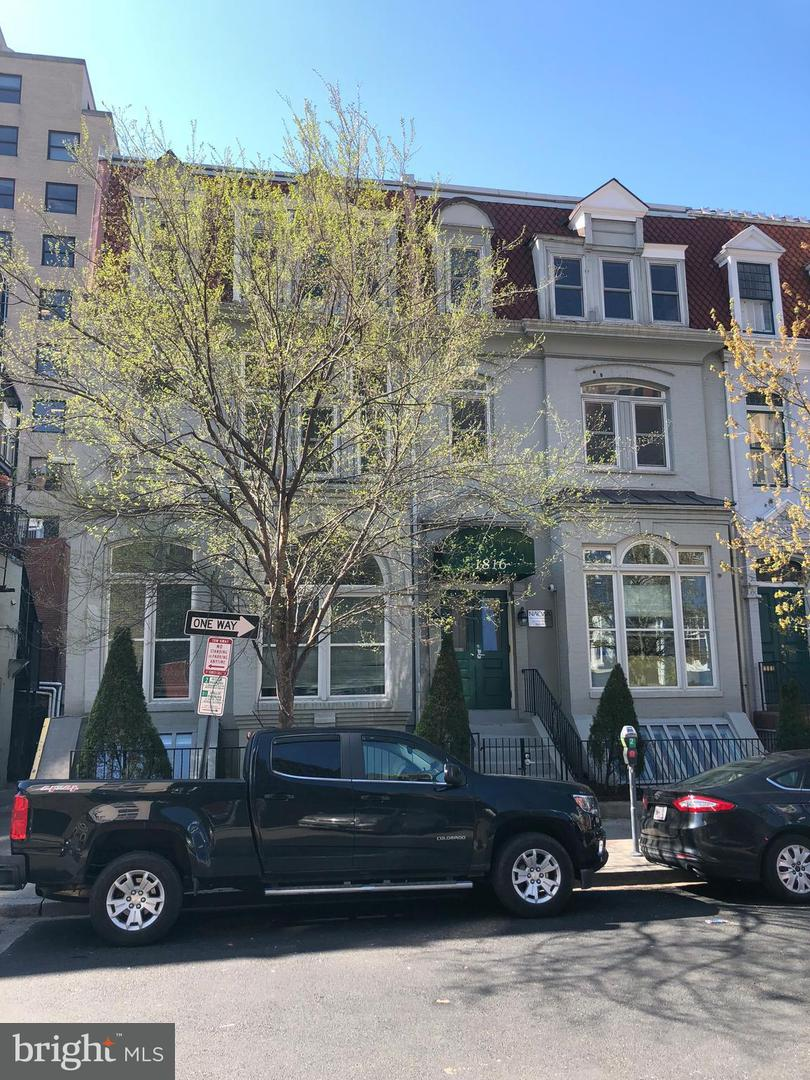 Commercial for Sale at 1816 Jefferson Pl NW Washington, District Of Columbia 20036 United States