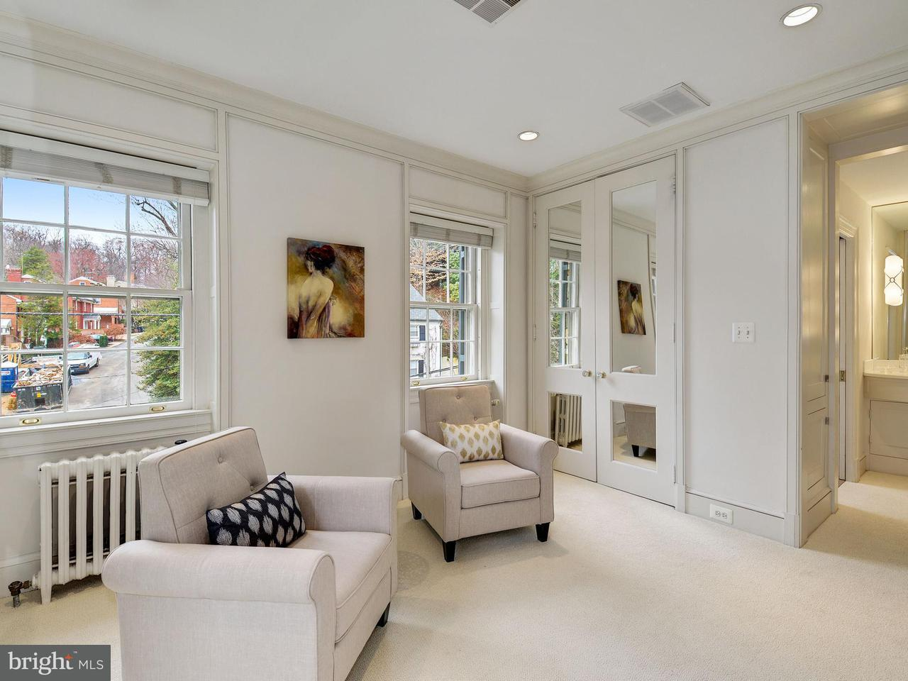 Additional photo for property listing at 2615 30th St NW  Washington, District Of Columbia 20008 United States
