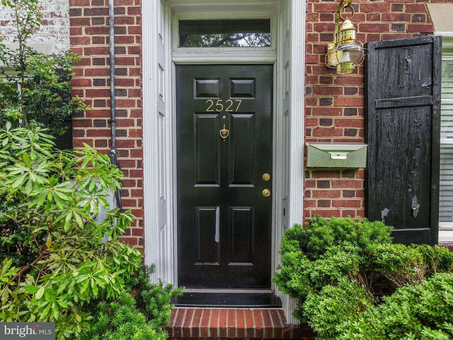 Single Family for Sale at 2527 Waterside Dr NW Washington, District Of Columbia 20008 United States