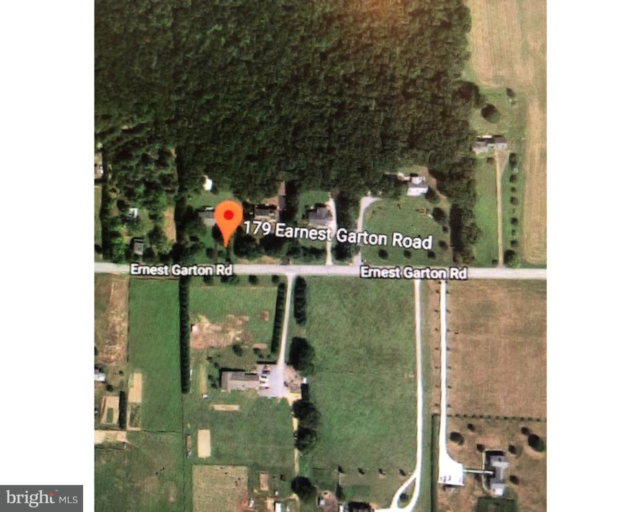 Maison unifamiliale pour l Vente à 179 ERNEST GARTON Road Alloway, New Jersey 08302 États-Unis