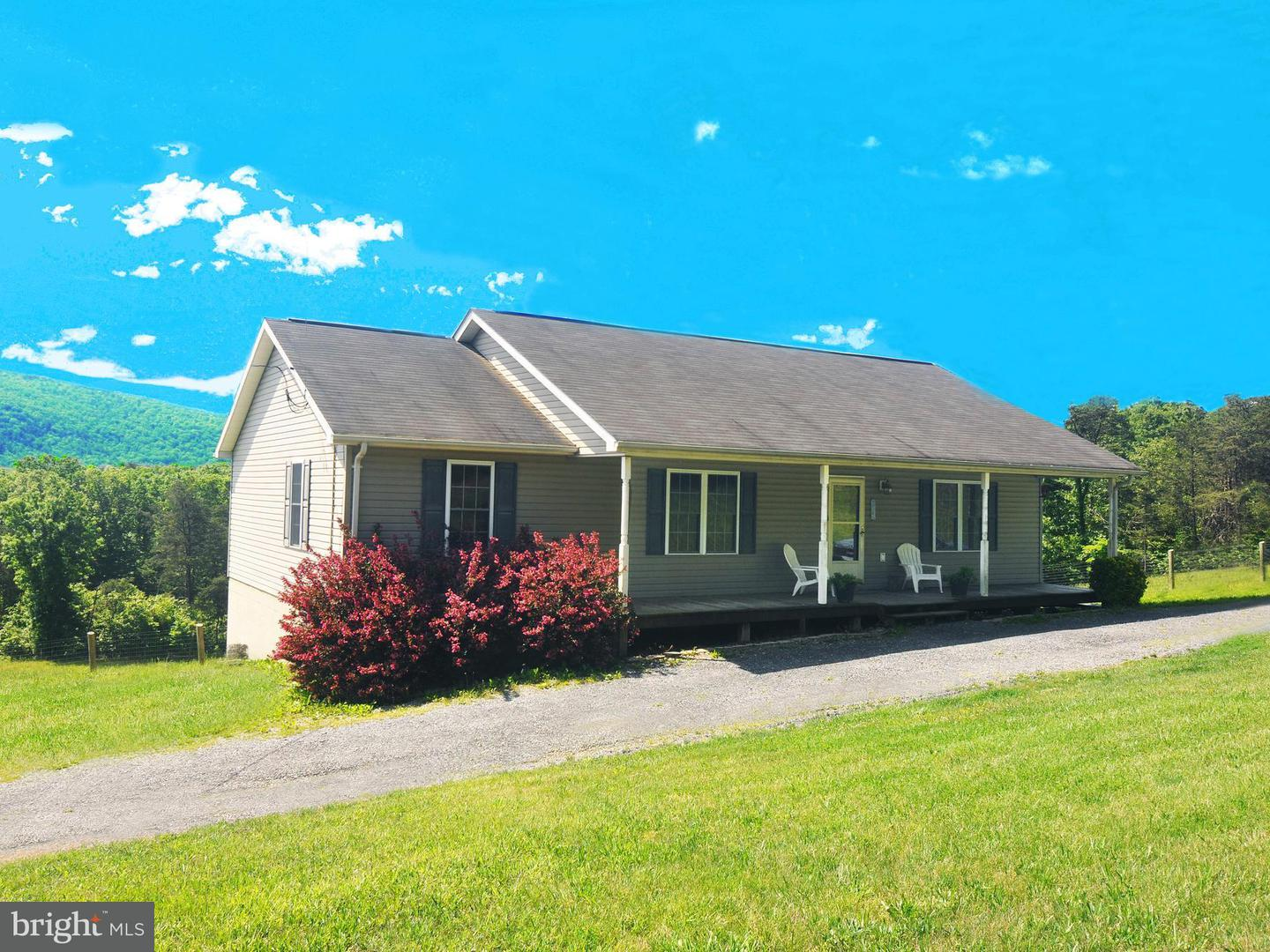Single Family for Sale at 14 River Glen Rd Paw Paw, West Virginia 25434 United States