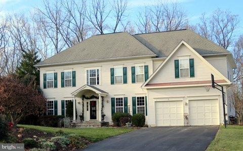 Single Family Home for Sale at 6 Camden Court 6 Camden Court Rockville, Maryland 20850 United States