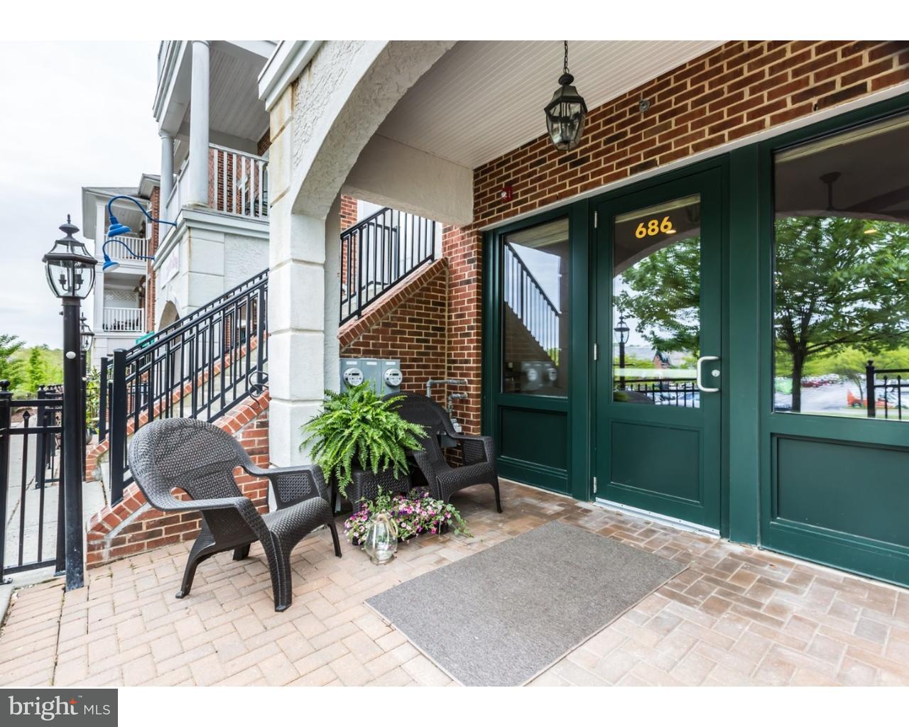 独户住宅 为 销售 在 686 WHARTON BLVD Exton, 宾夕法尼亚州 19341 美国