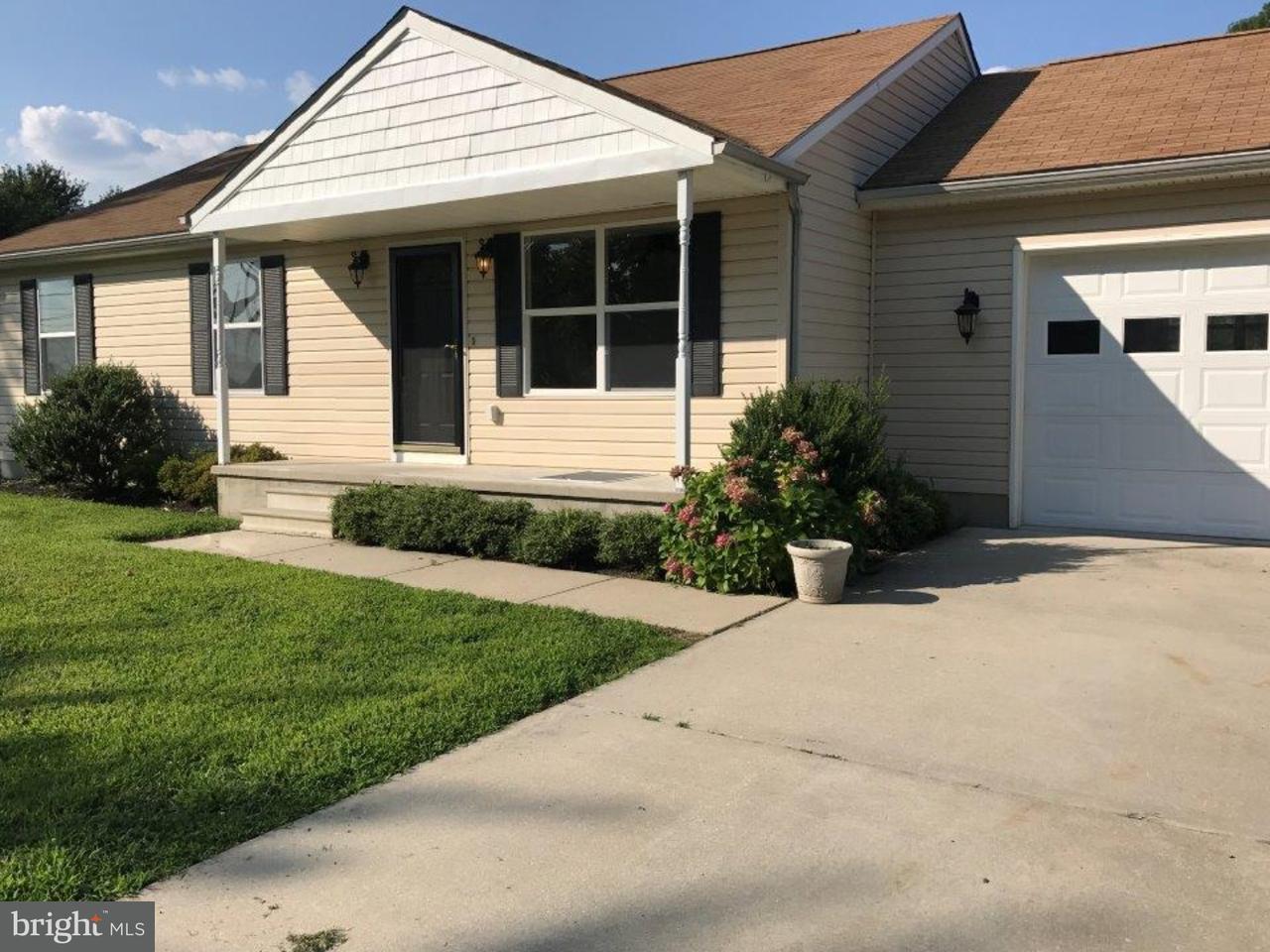 Частный односемейный дом для того Продажа на 145 5TH Avenue Carneys Point Township, Нью-Джерси 08069 Соединенные Штаты