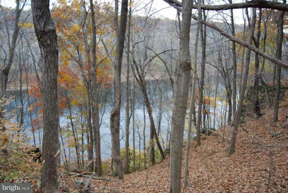 Land for Sale at Howard Farm Rd Ne Howard Farm Rd Ne Shepherdstown, West Virginia 25443 United States