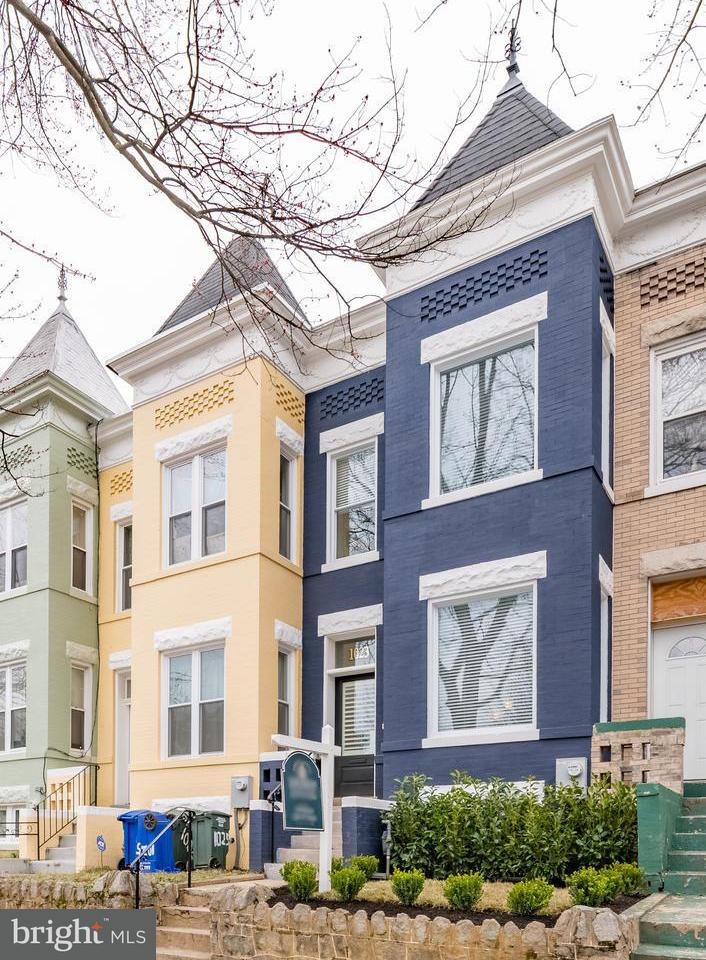 Single Family for Sale at 1023 10th St NE Washington, District Of Columbia 20002 United States
