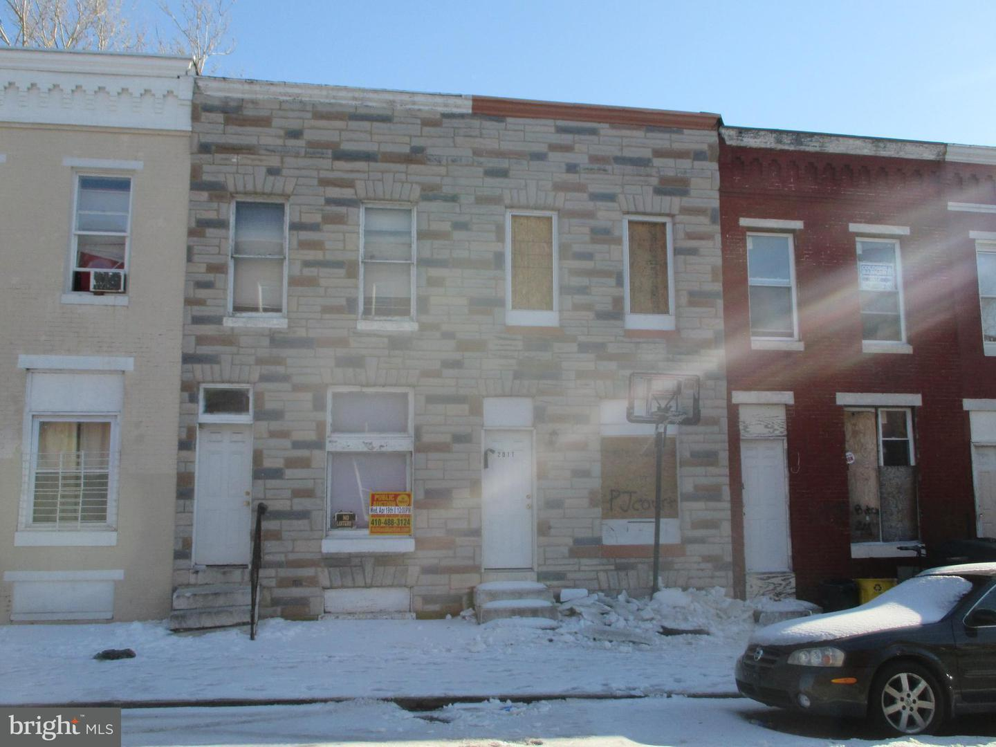 Single Family for Sale at 2009 Hollins St Baltimore, Maryland 21223 United States