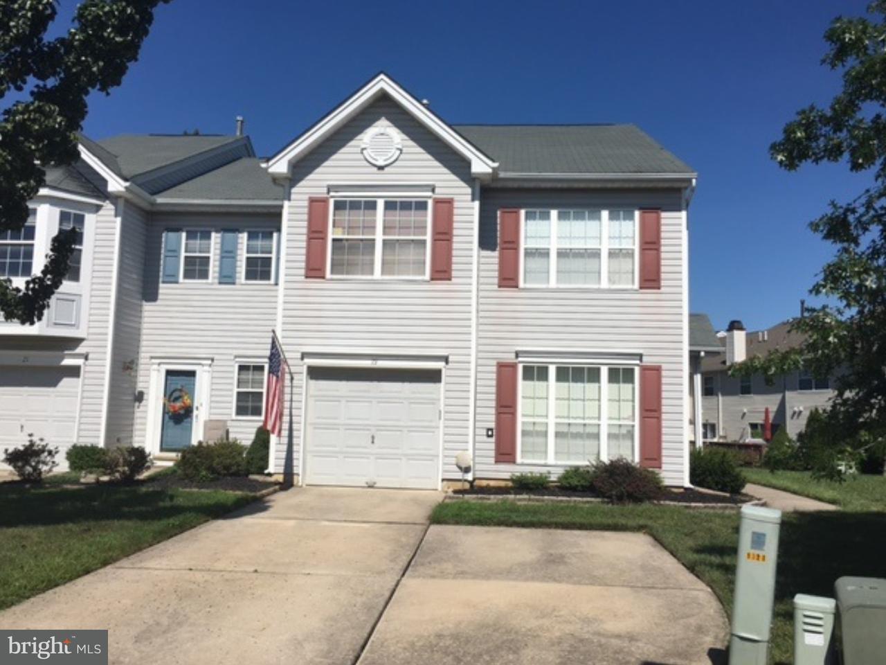 Casa unifamiliar adosada (Townhouse) por un Venta en 19 VALLEYBROOK Court Blackwood, Nueva Jersey 08012 Estados Unidos