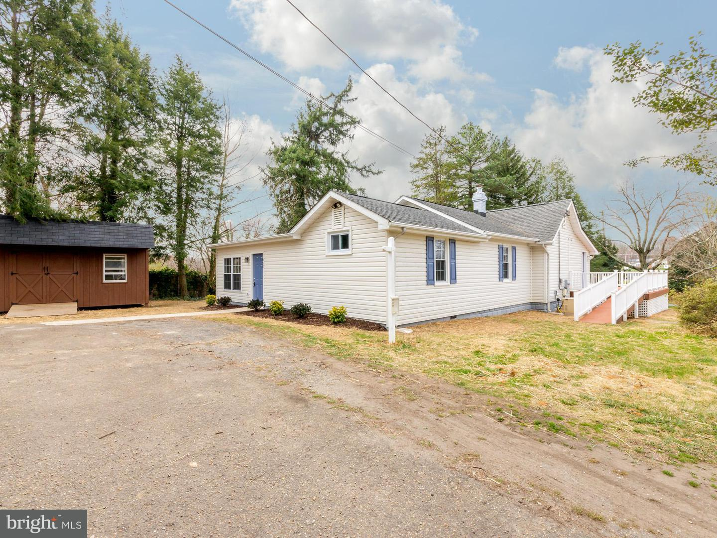 Additional photo for property listing at 852 Maple Rd  Gambrills, Maryland 21054 United States