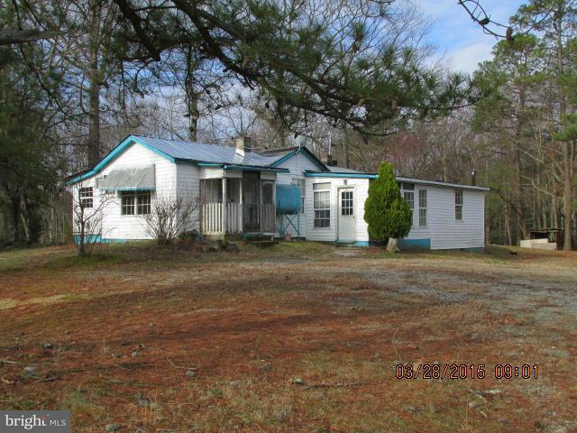Single Family for Sale at 18530 Passing Rd Milford, Virginia 22514 United States