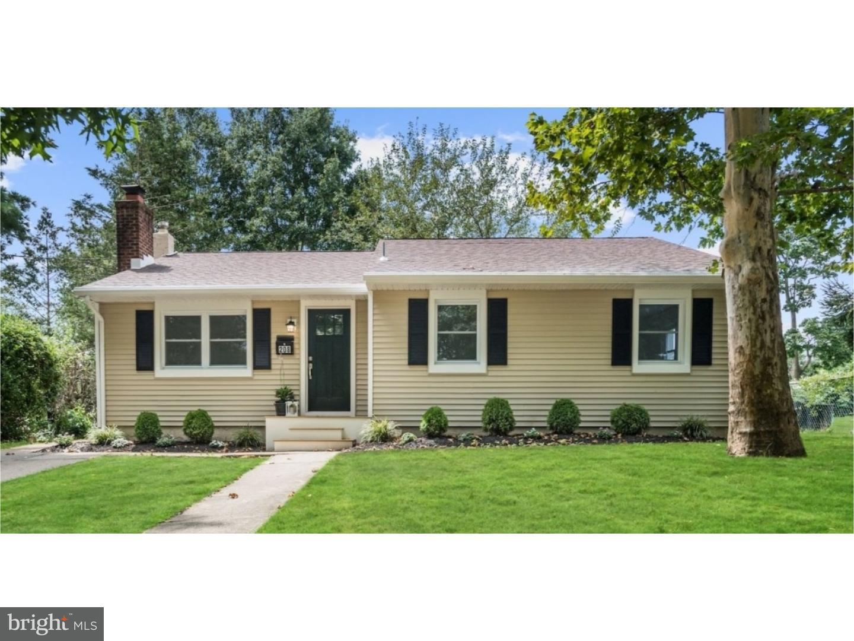 独户住宅 为 销售 在 208 SW ATLANTIC Avenue Magnolia, 新泽西州 08049 美国