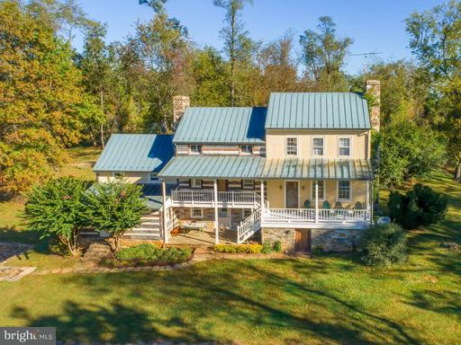 Property for sale at 19923 Woodtrail Rd, Round Hill,  VA 20141