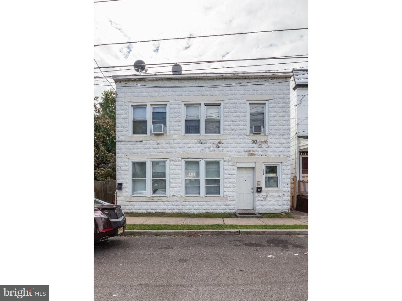 Triplice per Vendita alle ore 319 HOBART Avenue Hamilton, New Jersey 08629 Stati UnitiIn/In giro: Hamilton Township