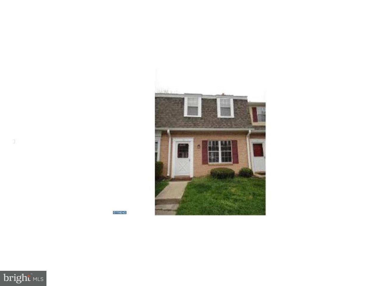 Casa unifamiliar adosada (Townhouse) por un Alquiler en 93 COUNTRY WALK Devon, Pennsylvania 19333 Estados Unidos
