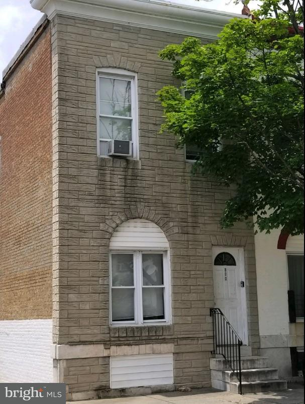 Single Family for Sale at 800 Montford Ave Baltimore, Maryland 21205 United States
