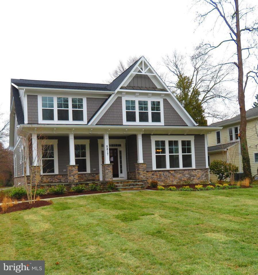 Maison unifamiliale pour l Vente à 719 Dranesville Road 719 Dranesville Road Herndon, Virginia 20170 États-Unis