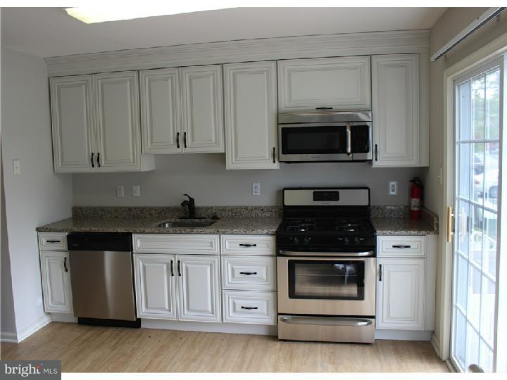 Casa unifamiliar adosada (Townhouse) por un Alquiler en 5903 BALTIMORE Drive Evesham Twp, Nueva Jersey 08053 Estados Unidos