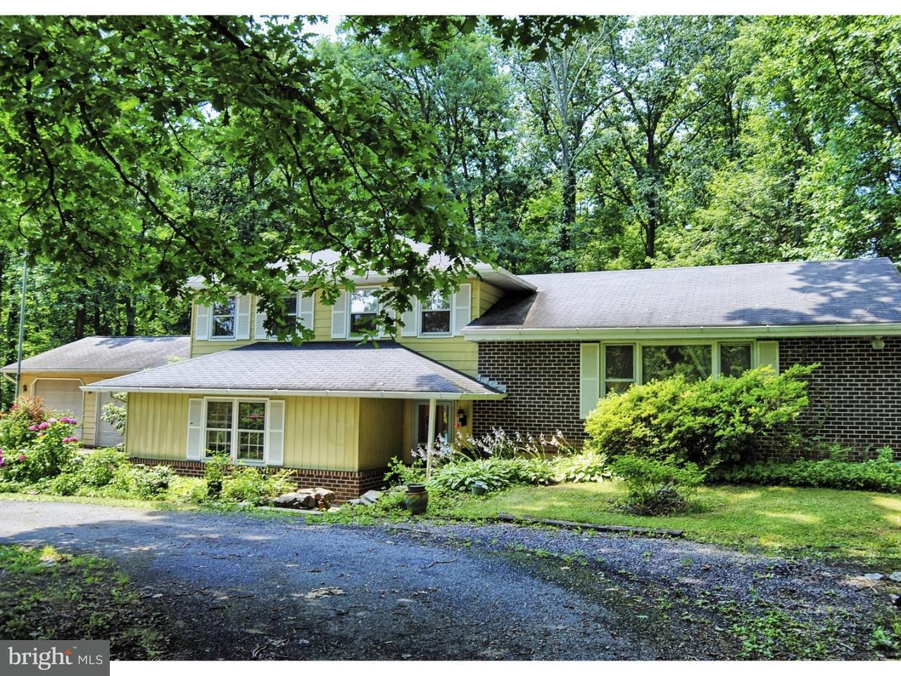 Casa para uma família para Venda às 138 WAMBOLD Road Green Lane, Pensilvânia 18054 Estados Unidos
