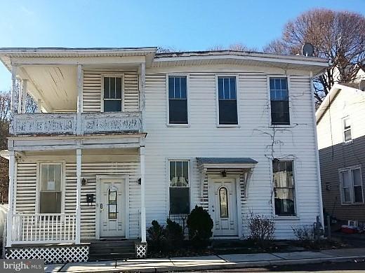 Single Family for Sale at 15 Douglas Ave Lonaconing, Maryland 21539 United States