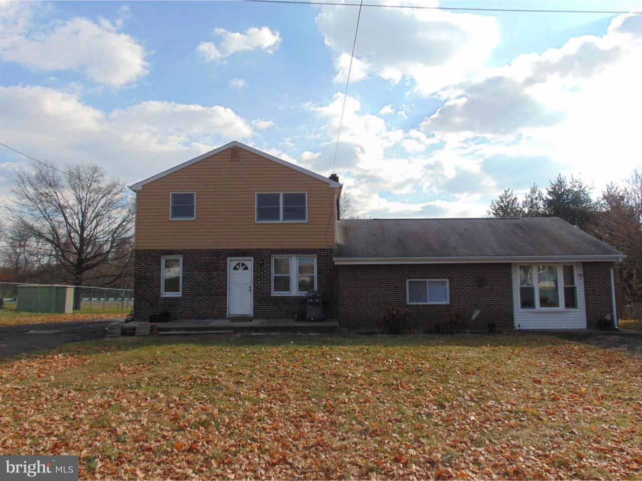 Triplex for Rent at 995 OAKLAND Avenue Langhorne, Pennsylvania 19047 United States