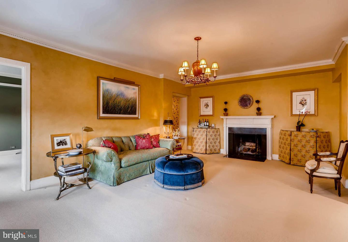 Single Family for Sale at 3908 Charles St N #802 Baltimore, Maryland 21218 United States
