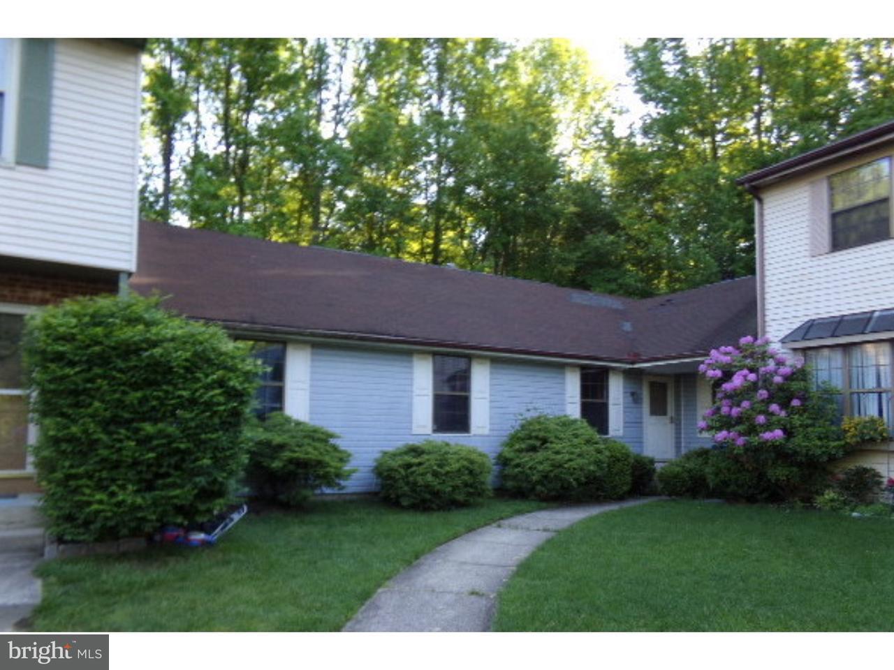 Casa unifamiliar adosada (Townhouse) por un Venta en 9 BLACKHAWK Court Medford, Nueva Jersey 08055 Estados Unidos