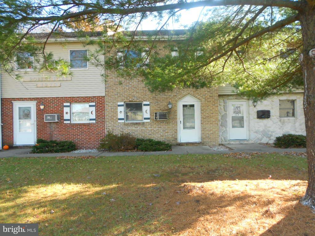 Other Residential for Rent at 142 Mont Alto Rd Fayetteville, Pennsylvania 17222 United States