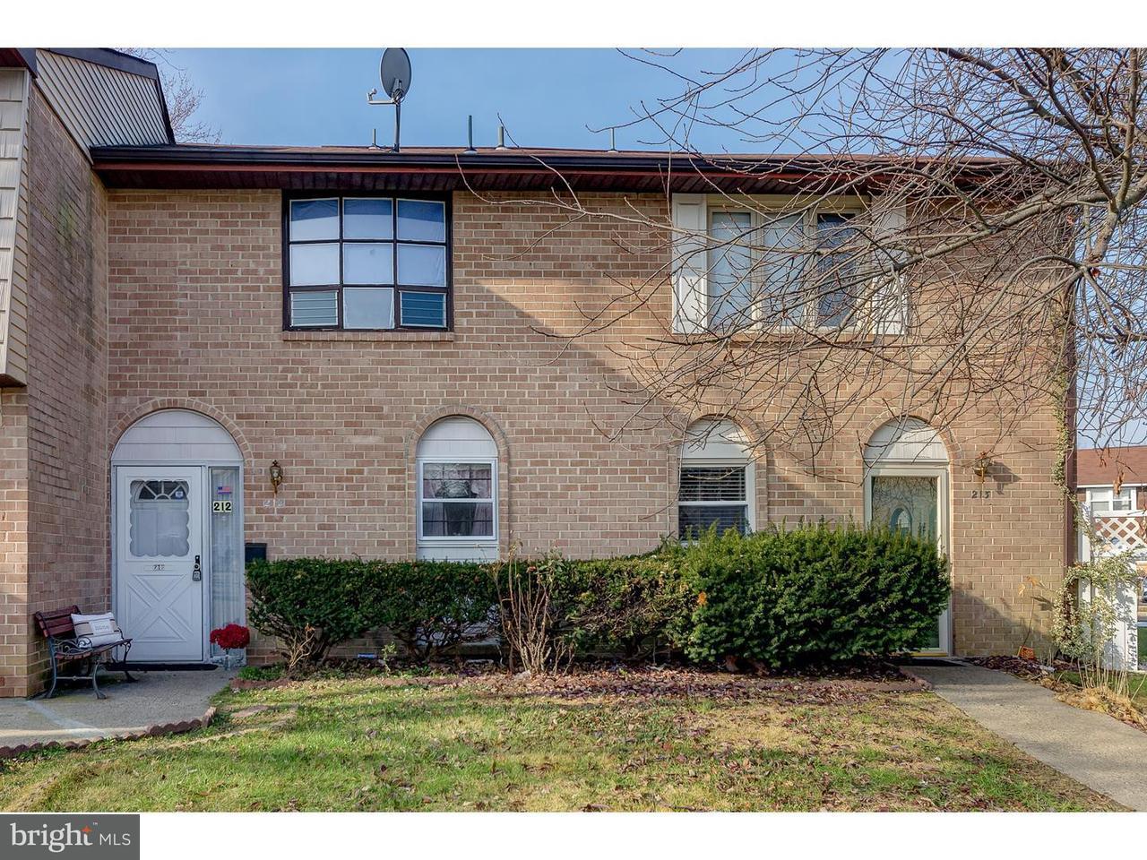 联栋屋 为 出租 在 212 LA CASCATA Clementon, 新泽西州 08021 美国