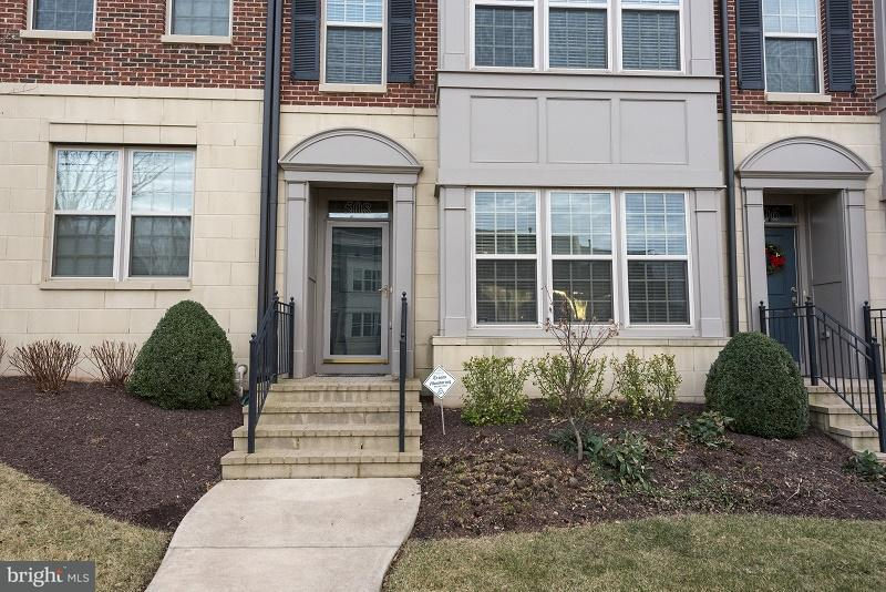 Other Residential for Rent at 508 Overlook Park Dr #31 Oxon Hill, Maryland 20745 United States