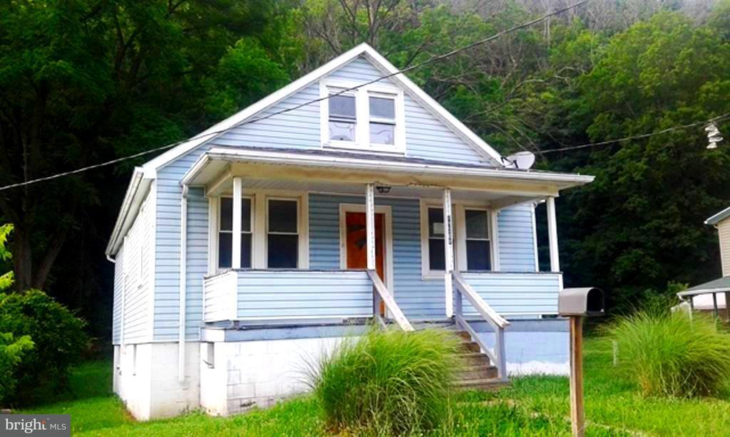 Single Family for Sale at 17701 Lower Georges Creek Rd SW Lonaconing, Maryland 21539 United States