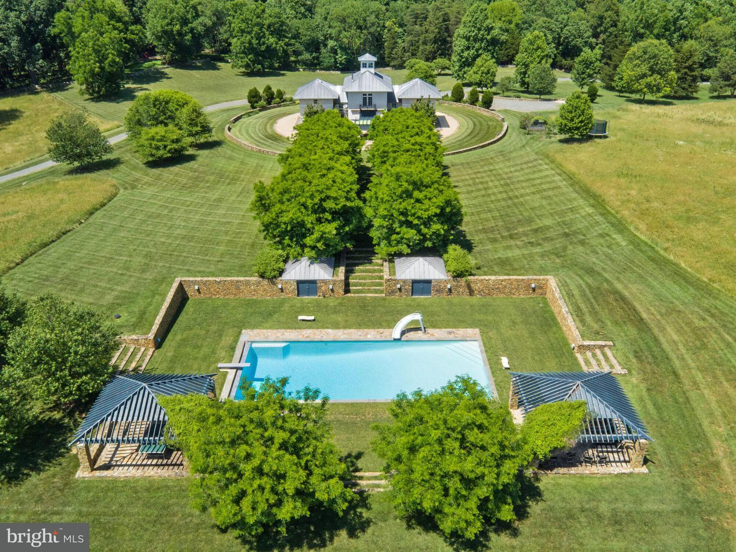 Single Family for Sale at 2169 Logans Mill Rd The Plains, Virginia 20198 United States