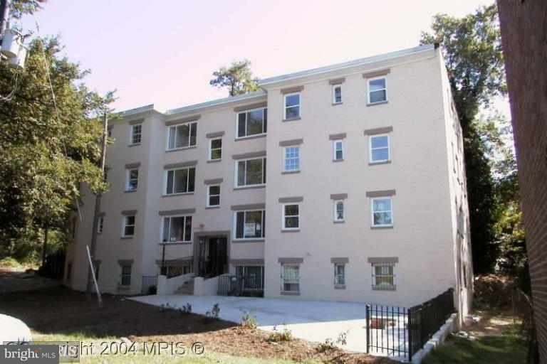 Condominium for Sale at 2100 Fendall St SE #6 Washington, District Of Columbia 20020 United States