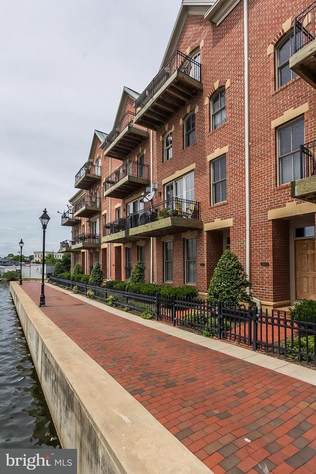 Other Residential for Rent at 2323 Boston St #4 Baltimore, Maryland 21224 United States