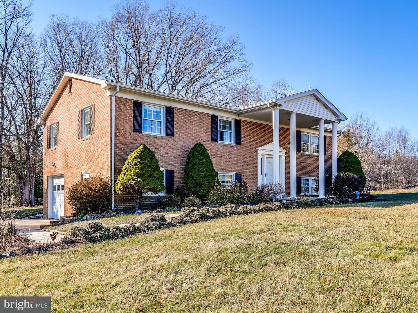 Single Family for Sale at 6445 Olivers Shop Rd Bryantown, Maryland 20617 United States